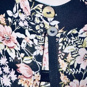 Forever 21 Tops - Forever 21 Contemporary Floral Striped Top